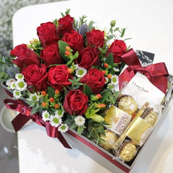 Roses and Chocolates Box