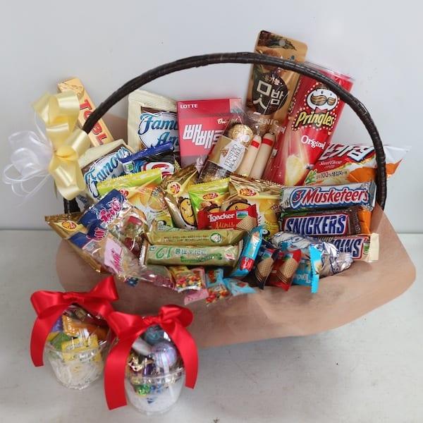 Flower Gift Korea Snack Basket Hand Delivery