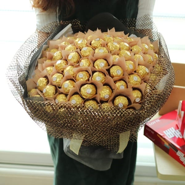 Fgk Chocolate Bouquet Flower Chocolate Snacks And Gift Delivery In Seoul And South Korea